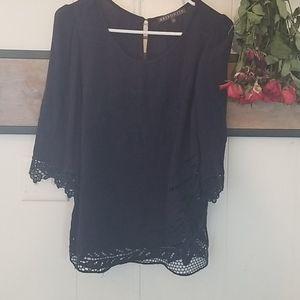 Navy blouse 3/4 sleeve laser cut